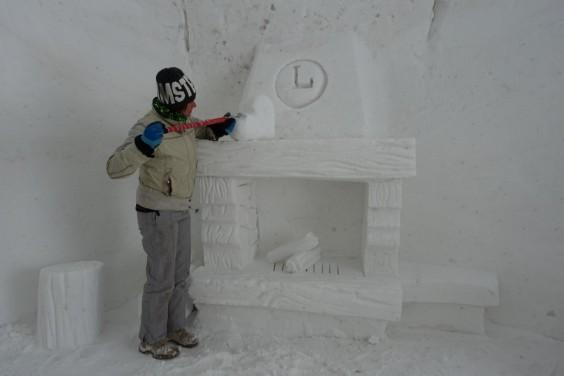 snow cave restaurant 3