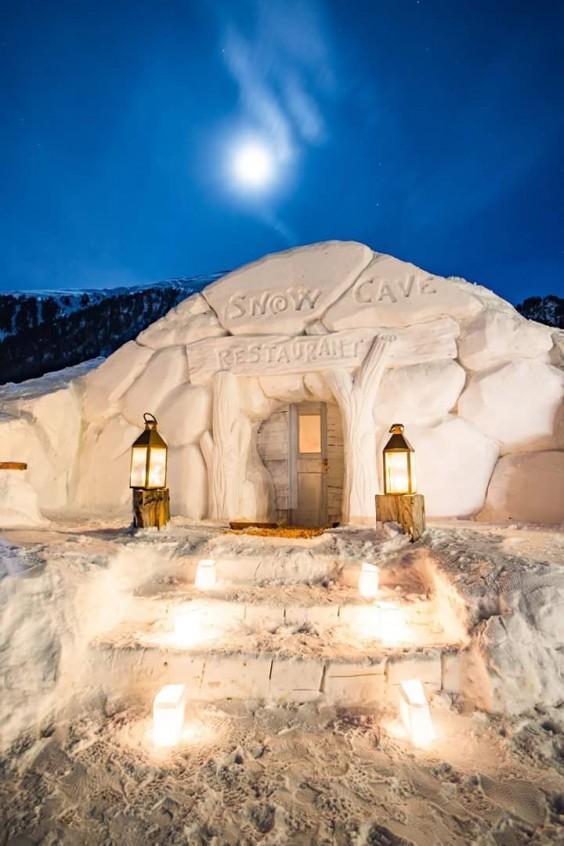 snow cave restaurant 1