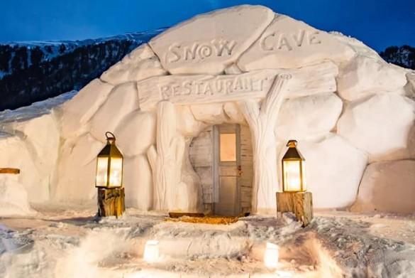 snow cave restaurant 2017